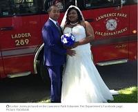 Click image for larger version.  Name:firefightingwedding.JPG Views:7 Size:55.0 KB ID:8312